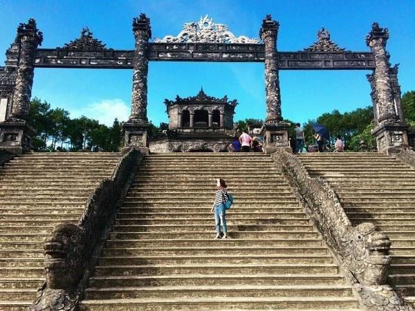 những địa điểm du lịch gần Huế